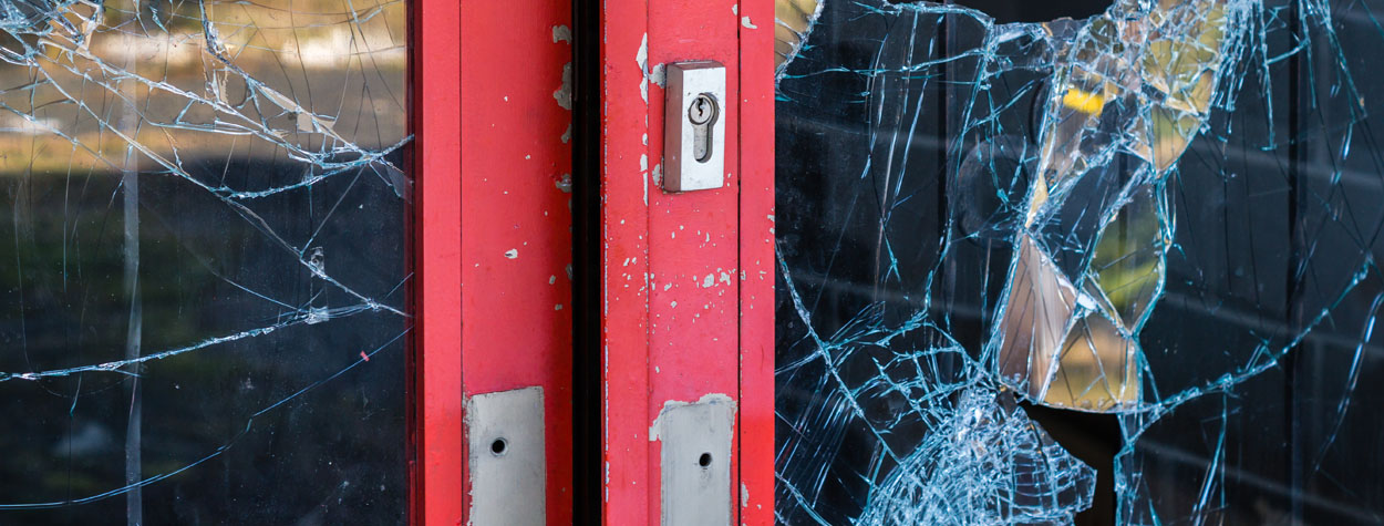 broken door and glass | Rogson Firm | Business Litigation Attorney